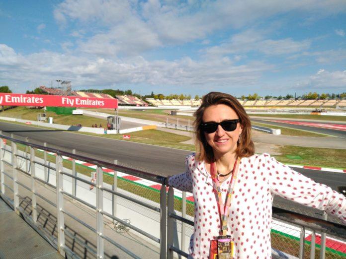 María Lanzón, originaire de Saragosse, est directrice et responsable de la communication de la Fédération royale espagnole de l'automobile (RFEA)